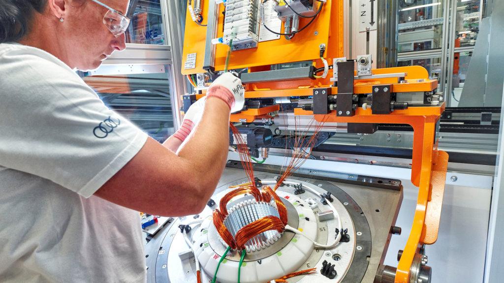Audi Hungaria start productie van elektromotoren