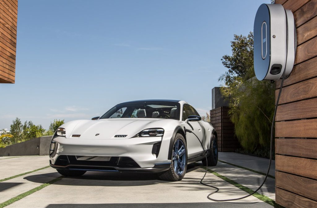 Porsche gaat met Taycan elektrisch tijdperk in
