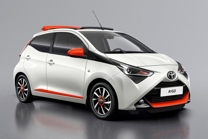 Publieksdebuut voor Toyota AYGO x-otic en AYGO x-cite