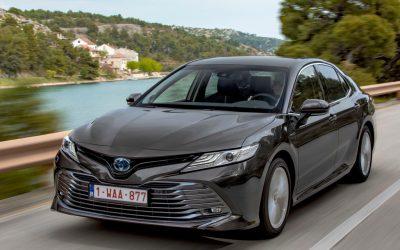 Toyota introduceert nieuwe Camry
