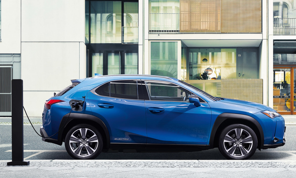 Lexus introduceert UX 300e Electric
