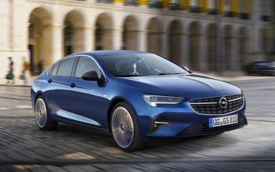 Opel toont vernieuwde Insignia