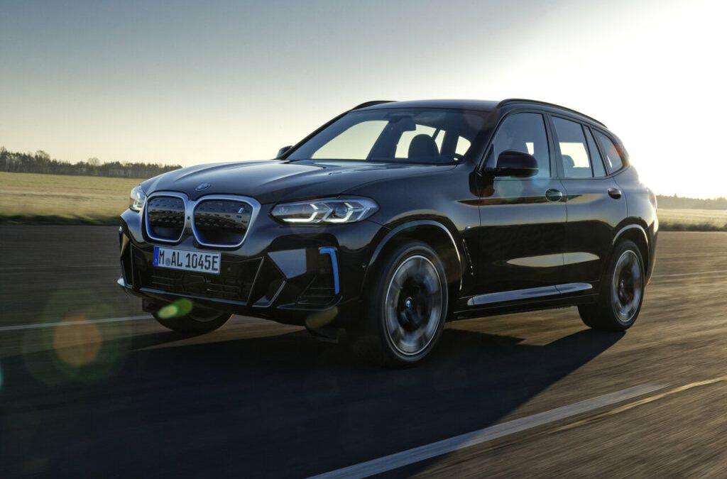 BMW vernieuwt iX3